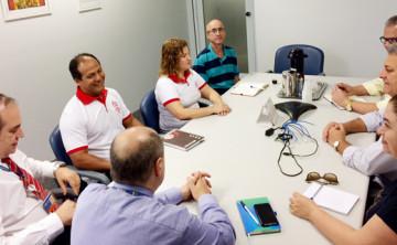Reunião com Regional discute demandas das bases do Vida Bancária